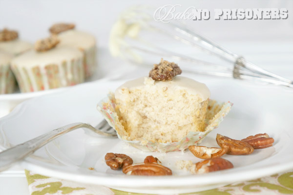 White Chocolate Pecan Cupcakes